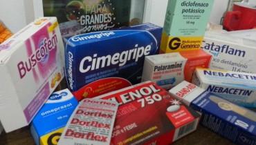 Remedios essenciais na viagem